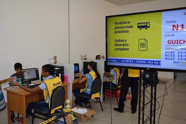 No primeiro dia de recadastramento, 408 estudantes compareceram na Fundação Vicente Furlanetto