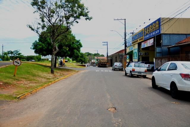 Trecho vai da Rua Oliveira até altura da Rua João Resende