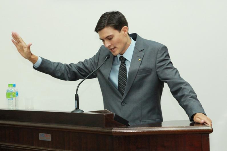 Bozo assumiu como suplente por três ocasiões durante o atual mandato