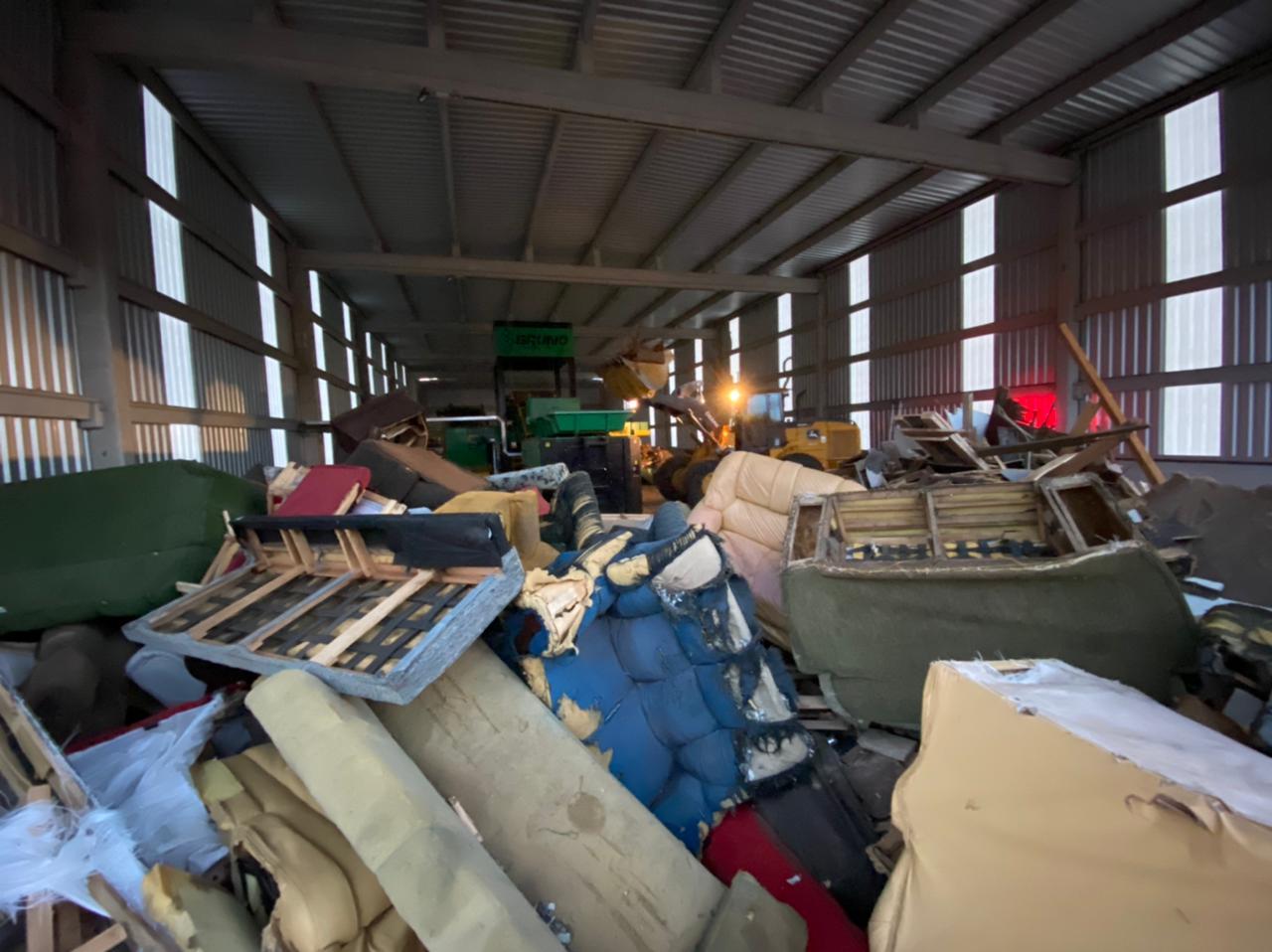 Material recolhido por municípios da região será processado e reutilizado